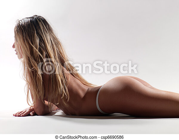 woman with a beautiful figure - csp6690586