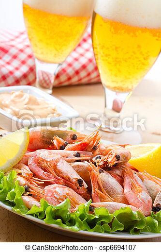 camarones, cerveza - csp6694107