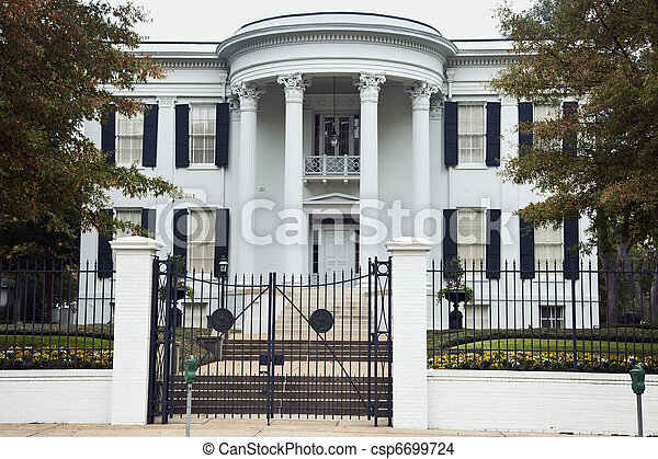 Governor's Mansion in Jackson - csp6699724