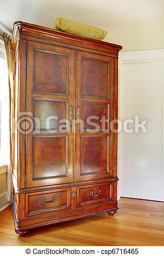 images de acajou antiquit placard beau vieux placard csp6716465 recherchez des. Black Bedroom Furniture Sets. Home Design Ideas