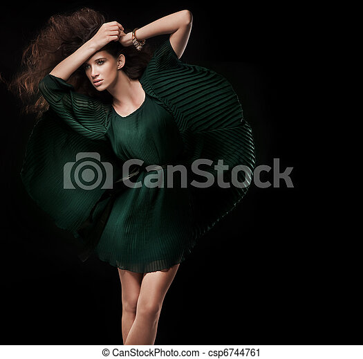 相片, 風格, 時裝, 黑發淺黑膚色女子, 年輕 - csp6744761