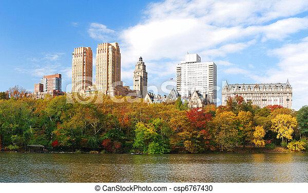 New York City Central Park in Autumn Manhattan panorama - csp6767430