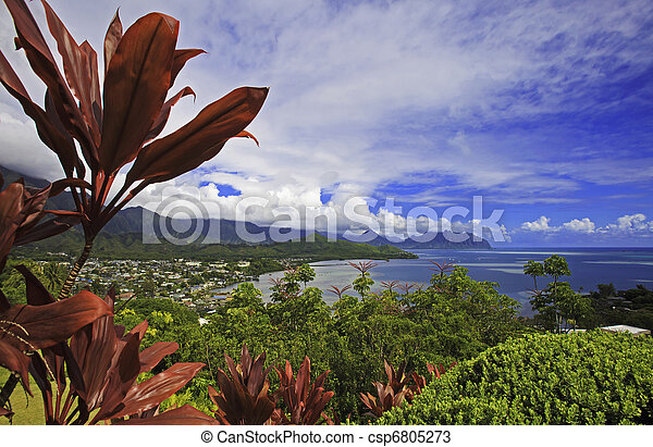 kaneohe bay on the island of oahu, hawaii - csp6805273