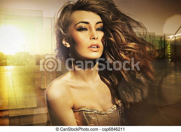 Stunning beauty posing in the sun - csp6846211