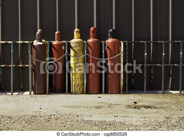 Industrial Gas Bottles -1 - csp6850526