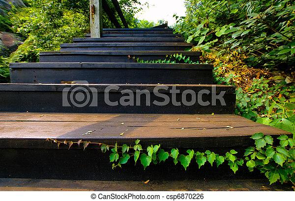 photo ext rieur bois escalier image images photo libre de droits photos sous licence. Black Bedroom Furniture Sets. Home Design Ideas
