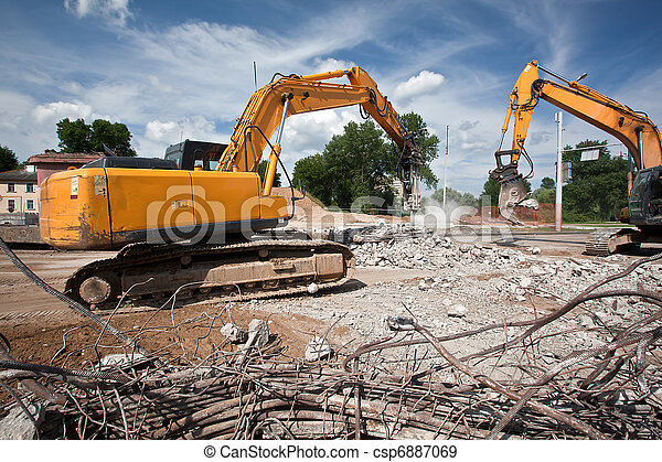 Destroying reinforced concrete - csp6887069