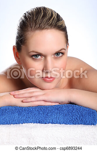 Beautiful woman in health spa for beauty treatment - csp6893244