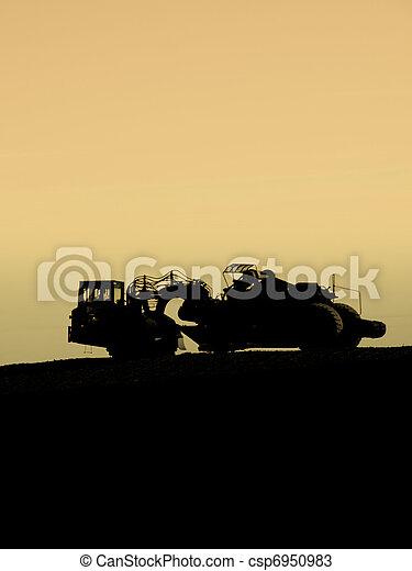 Wheel tractor-scraper - csp6950983