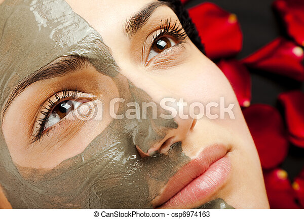 female facial clay mask - csp6974163