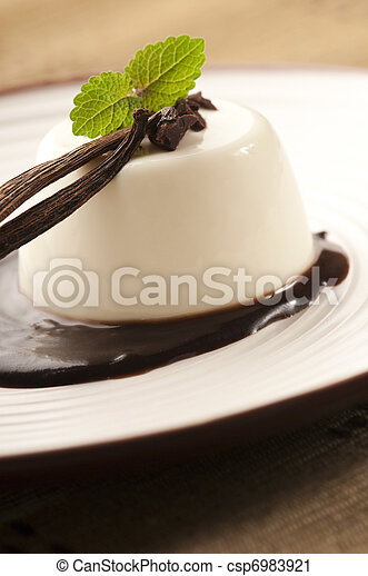 Panna Cotta with chocolate and vanilla beans - csp6983921