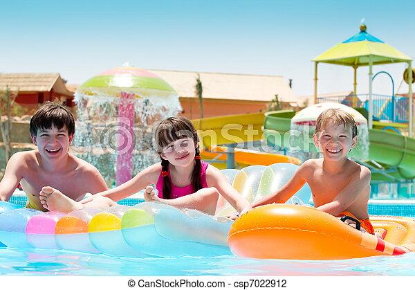Kids at water park - csp7022912