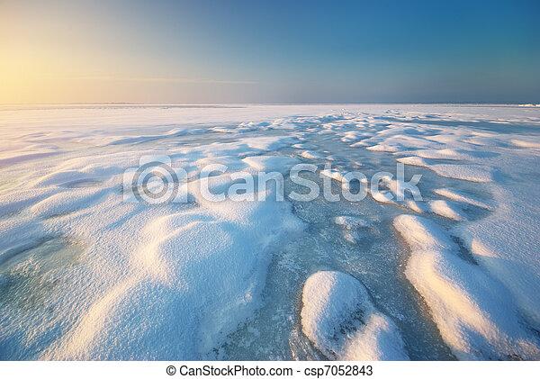 Ice and horizon - csp7052843