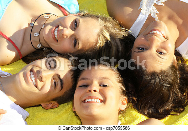 white perfect teeth, happy smiling faces - csp7053586