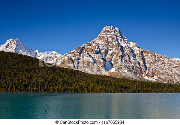 Mount Chephren and Waterfowl Lake - csp7065934