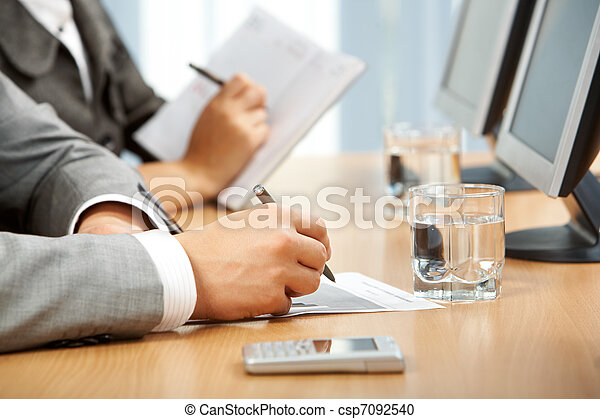 Writing at lecture - csp7092540