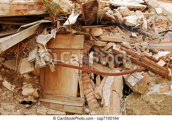 The rubble of the earthquake in Abruzzo (Italy) - csp7100164