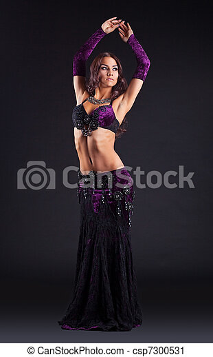 young beauty woman posing in arabic dance - csp7300531