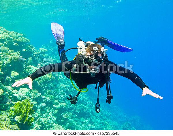 Scuba diver - csp7335545
