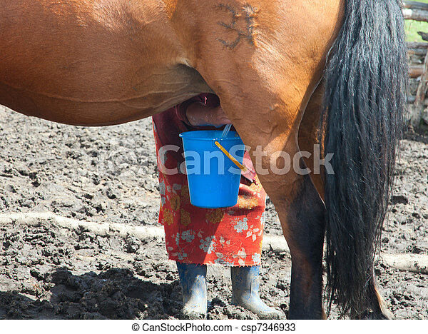 Free Clips Of Women Milking Herself 79