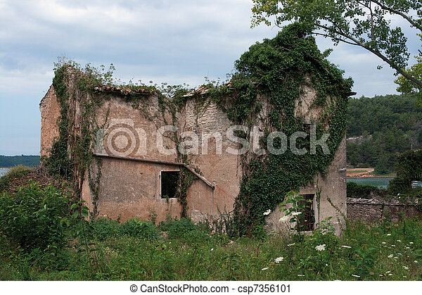 Neglected house  - csp7356101