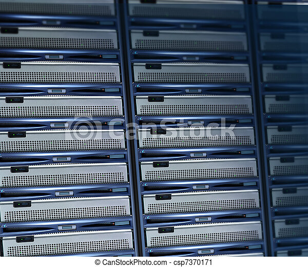 rack servers connected - csp7370171