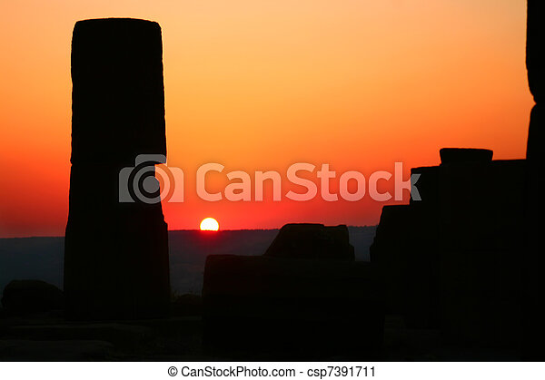 Archeologic Landmark At Sunset - csp7391711