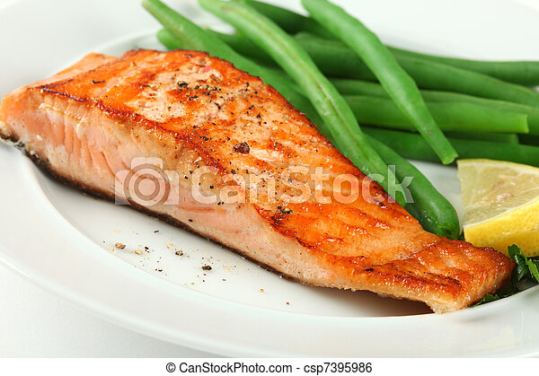 Closeup of Grilled Salmon Fellet with Green Beans - csp7395986