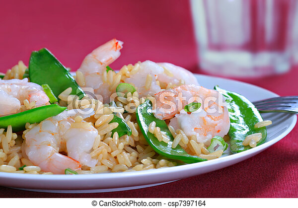 Shrimp Stir Fry Rice with Pea Pod - csp7397164