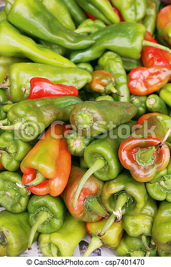 bell peppers background (Capsicum annuum) - csp7401470