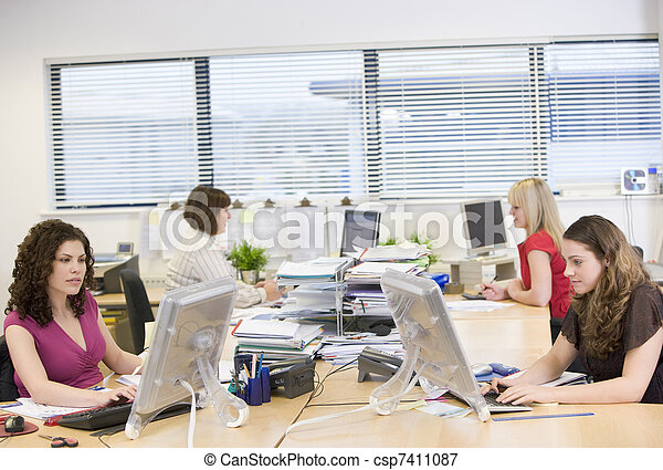 仕事, オフィス, 女性 - csp7411087