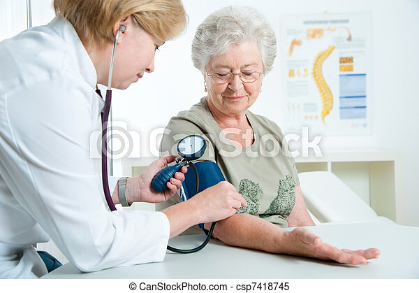 médico, examen - csp7418745