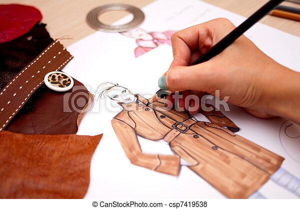 Plaatjes van mode ontwerper tekening mode schets for Mobeldesigner ausbildung