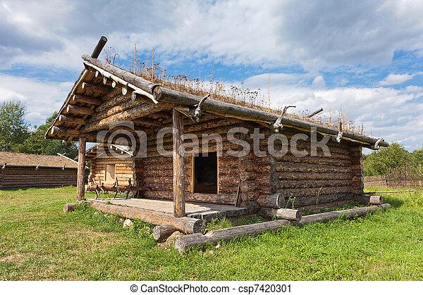 photographies de ancien si cle maison bois traditionnel russe x csp7420301. Black Bedroom Furniture Sets. Home Design Ideas