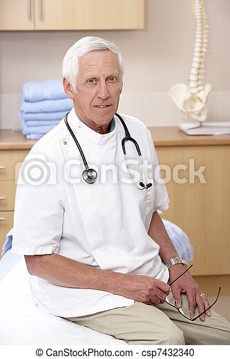 Portrait of male osteopath - csp7432340