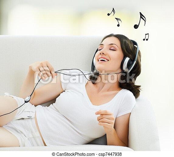 girl with headphones - csp7447938