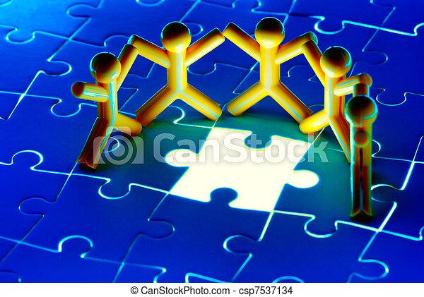 Team work on solving puzzle problem - csp7537134