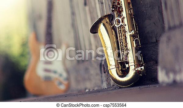 old grungy saxophone - csp7553564