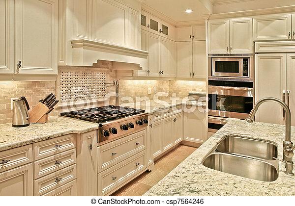 stock bild von luxus kueche modern luxus kueche mit marmor csp7564246 suchen sie. Black Bedroom Furniture Sets. Home Design Ideas