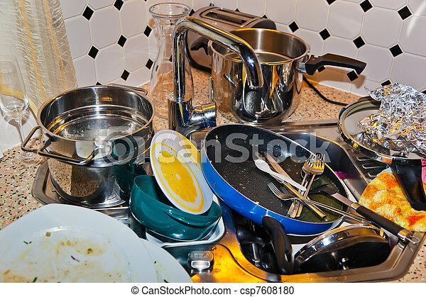 photographies de d sordre cuisine dans a cuisine a grand montant csp7608180. Black Bedroom Furniture Sets. Home Design Ideas