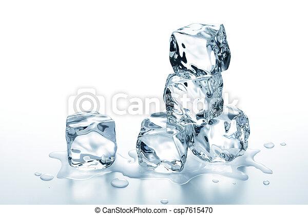 ice cubes - csp7615470