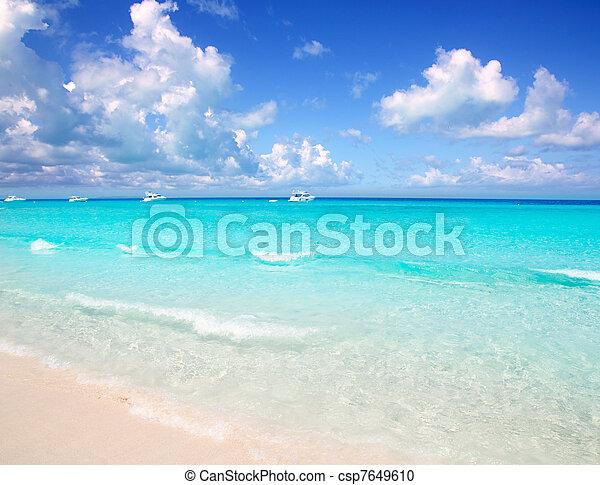 Archivi fotografici di illetes formentera est spiaggia for Disegni di casa sulla spiaggia tropicale