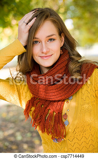 Colorful fall fashion girl in the park. - csp7714449