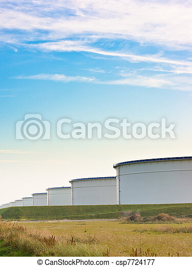 An oil terminal to store crude oil and petrol - csp7724177