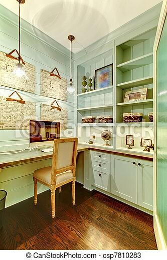Stock foto 39 s van kamer kantoor inbouwkast kleine thuis kleine csp7810283 zoek - Thuis kantoor ...