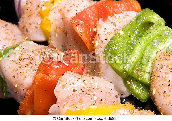 Chicken kebab with bell peppers and seasoning - csp7839934