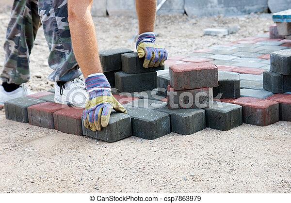 banco de fotografias de tijolo paver trabalhando novo rua csp7863979 pesquisar fotografias. Black Bedroom Furniture Sets. Home Design Ideas