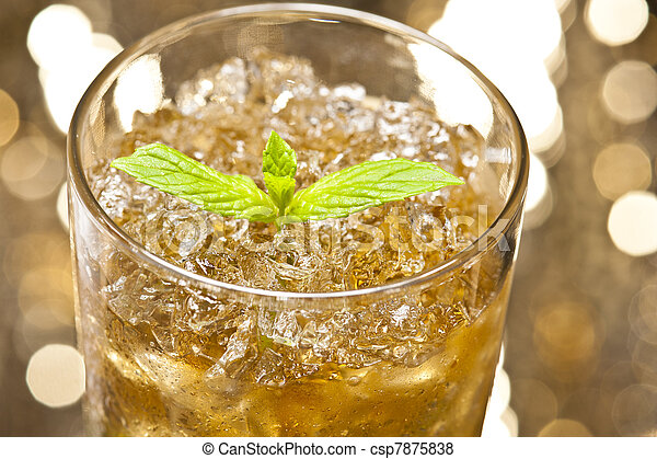 Mint-Julep cocktail - csp7875838