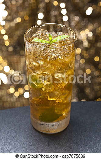 Mint-Julep cocktail - csp7875839