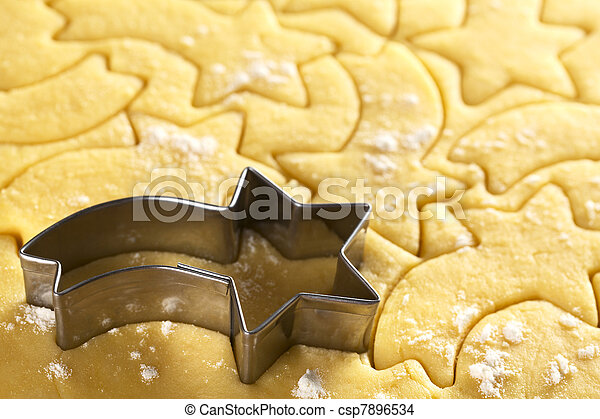Cutting out Christmas cookies - csp7896534